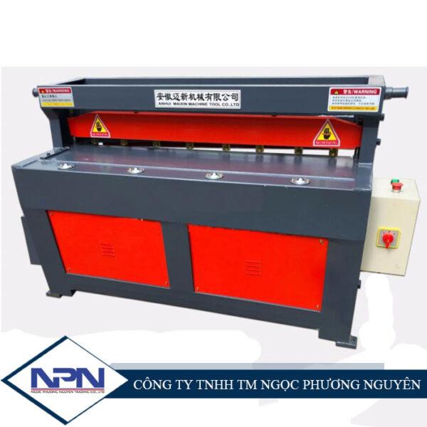 Máy cắt tấm Q11 2*1300 mm