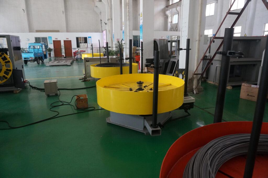 Máy uốn dây 3D trục xoay Đài Loan