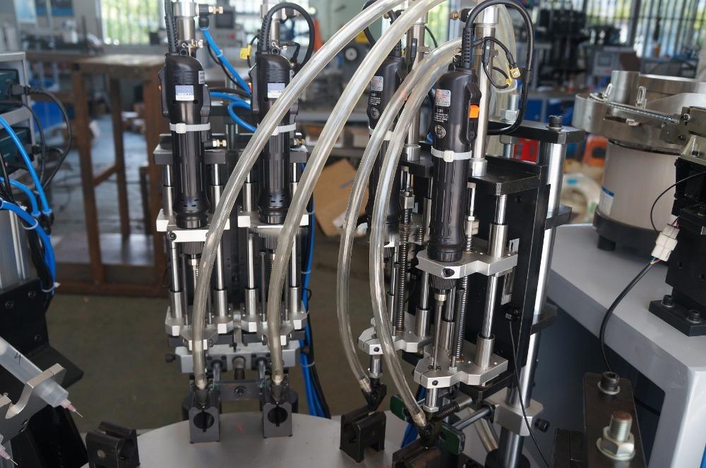 Máy bắn vít tự động cho khớp nối bằng thép