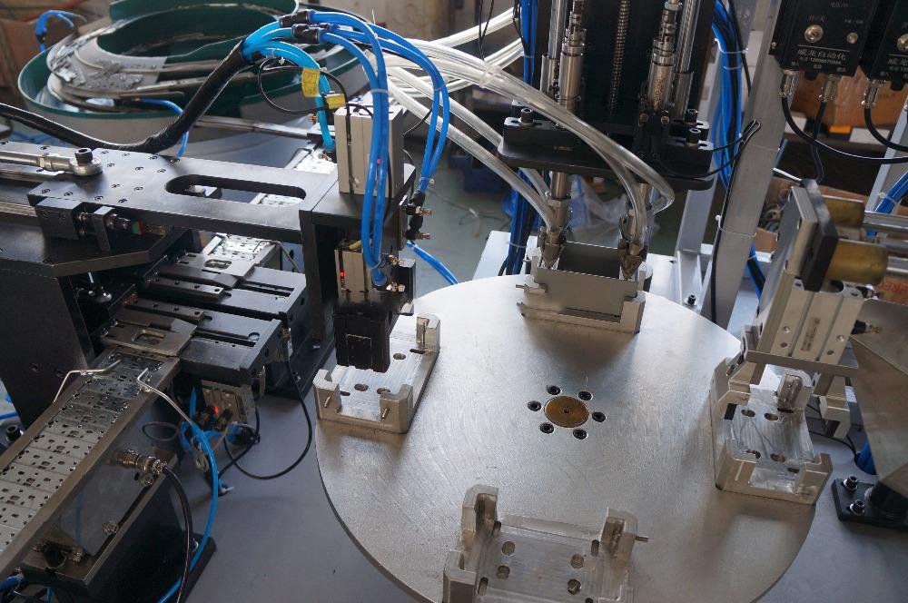 Máy vặn vít lắp ráp tự động cho hộp dây dẫn điện