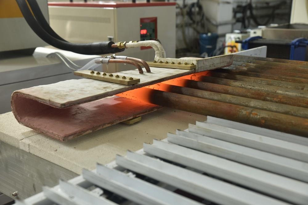 Lò sưởi cảm ứng tần số trung bình cho rèn nóng